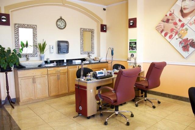 nail salon hillsboro oregon